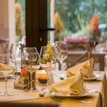 restaurant-449952_1280-8-4
