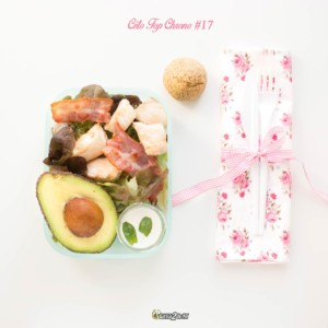 #17 poulet - lard - avocat-crème - salade - basilic - pain lchf