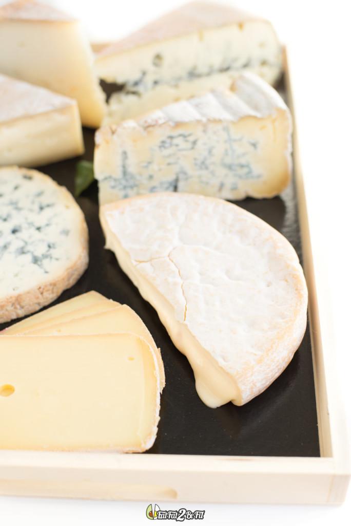 Soir e raclette originale 12 fromages et des accompagnements qui changent eatfat2befit - Coupe fromage a raclette ...