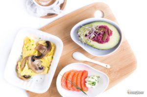 recette cétogène menu bruch saumon oeuf houmous rose