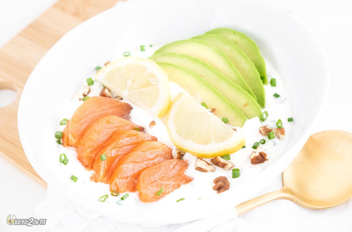 Eatfat2befit_recette_cetogene_petit_suisse_avocat_saumon